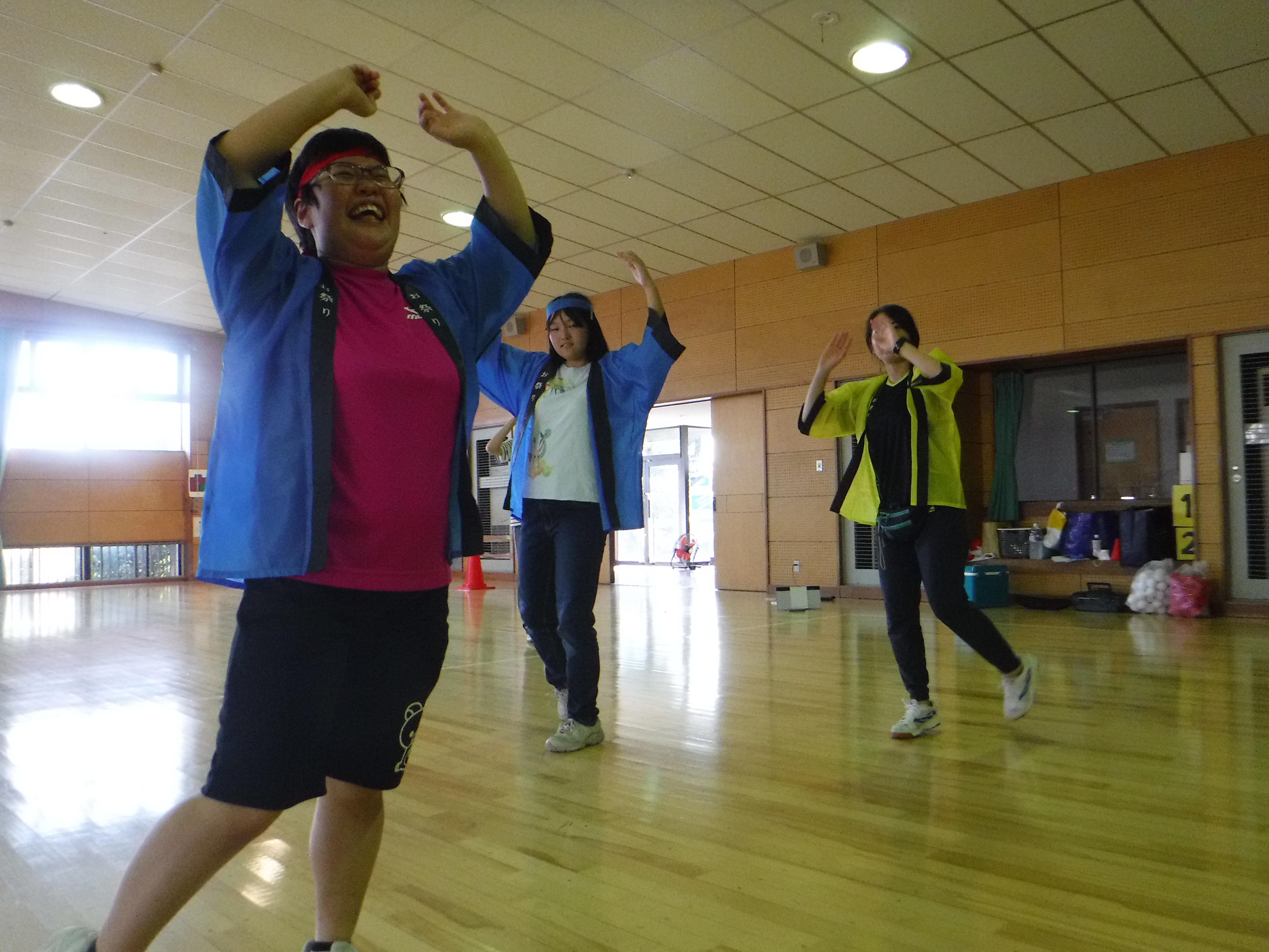 秋の運動会 太鼓&盆踊り、つばさメイトの定番です。